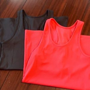 2 Under Armour like new sports tank tops